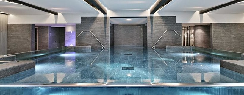 Le spa de l 39 imperial palace annecy for Piscine spa annecy