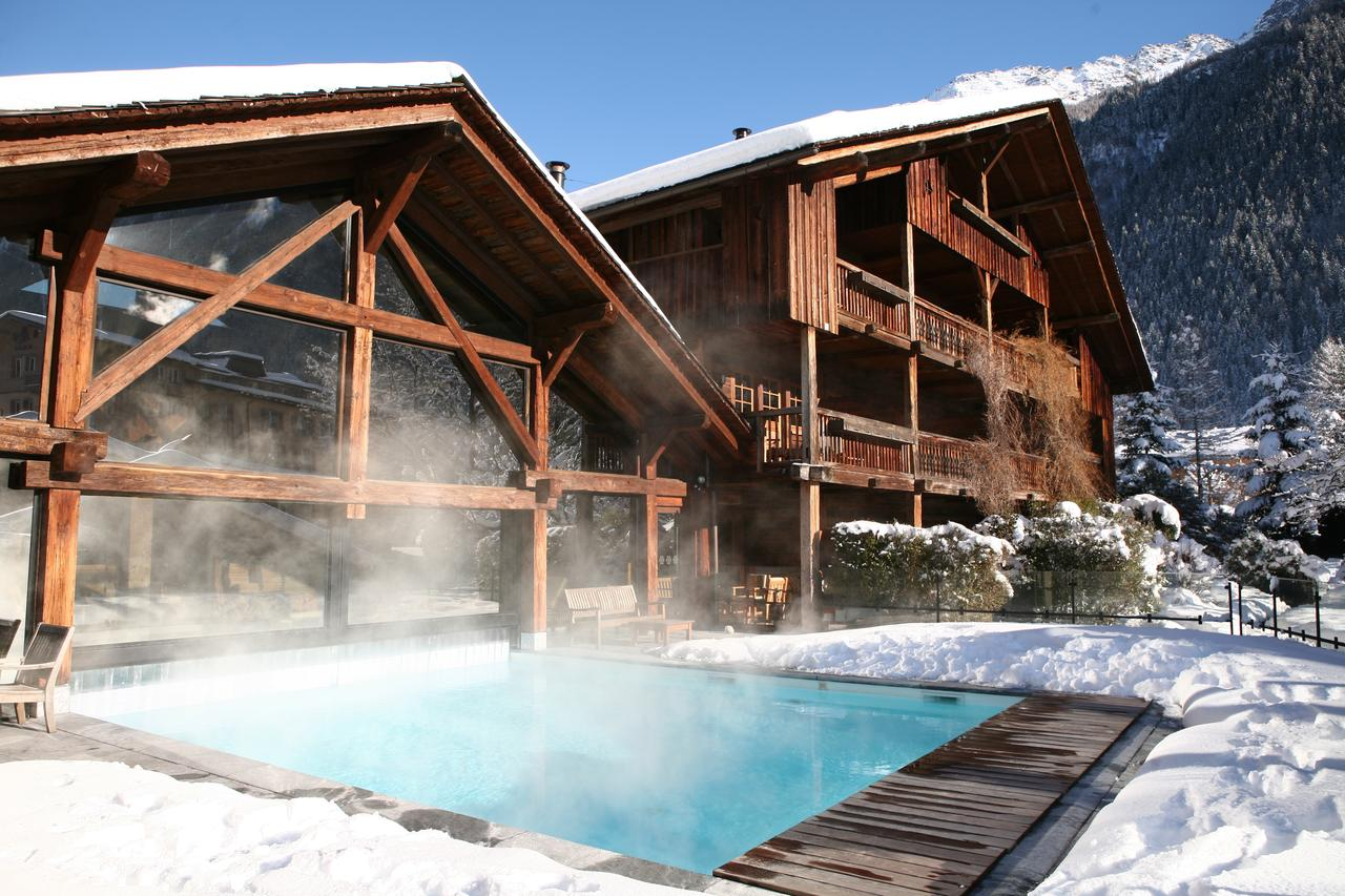 Hotel luxe chamonix hameau albert premier piscine montagne for Piscine de chamonix